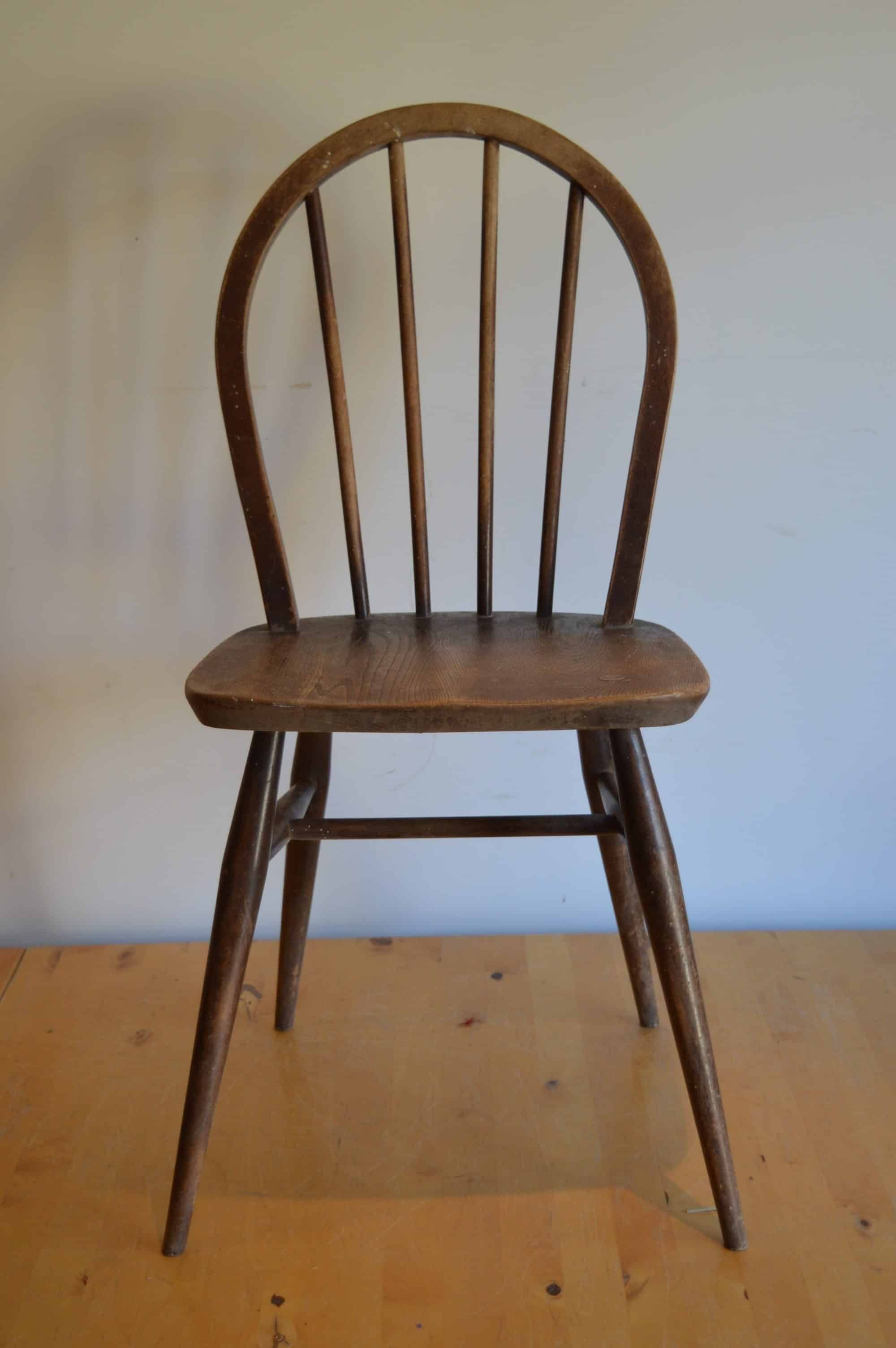 the ercol windsor dining chair - an expert's guide - the andrews in Classic Country Furniture Design