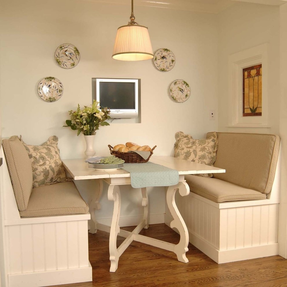 banquette - traditional - kitchen - chicago -the kitchen studio intended for Traditional Kitchen Designs Ideas