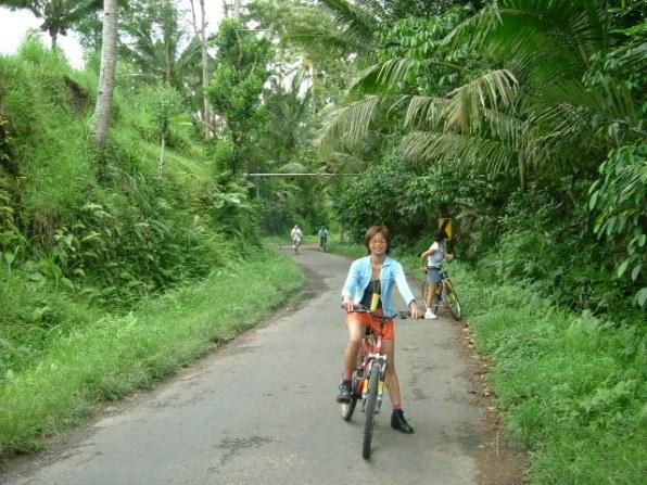 Bali Nov 2003 Maria-Pat0041