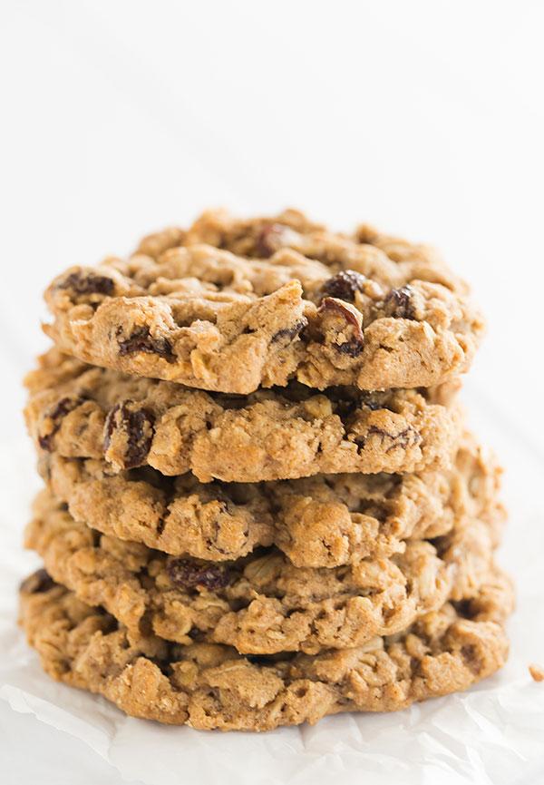 sadelles-oatmeal-raisin-cookies-4-600
