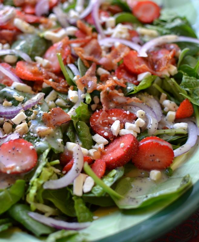 STRAWBERRY BACON SALAD WITH HONEY POPPY SEED DRESSING ...