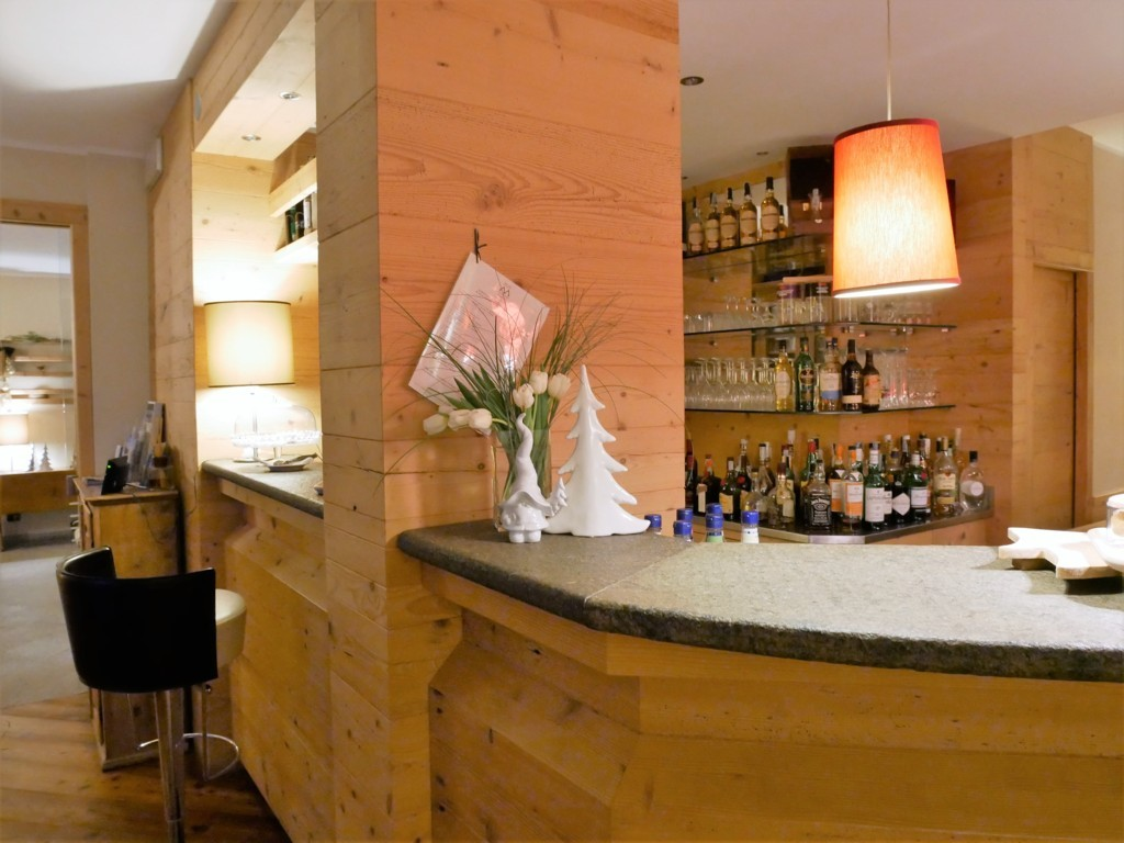 bar hotel maribel