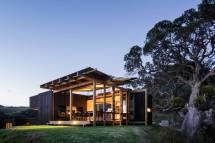 Castle Rock New Zealand Beach House