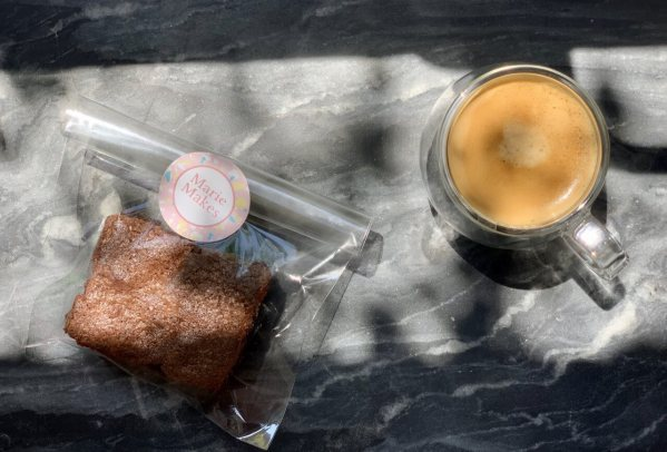 Chocolate brownies delivered Milton Keynes coffee break