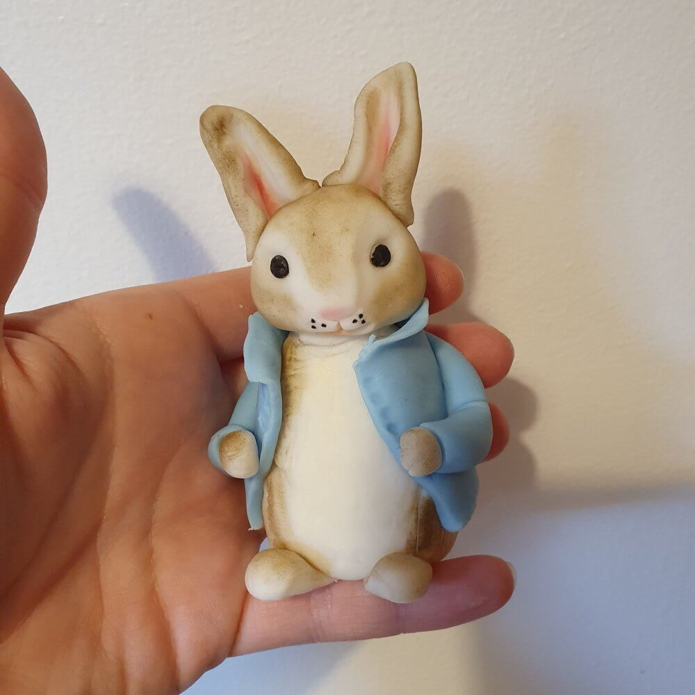 Fondant Peter Rabbit Marie Makes