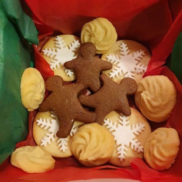Marie_Makes_Christmas_Cookie_Box_Milton_Keynes