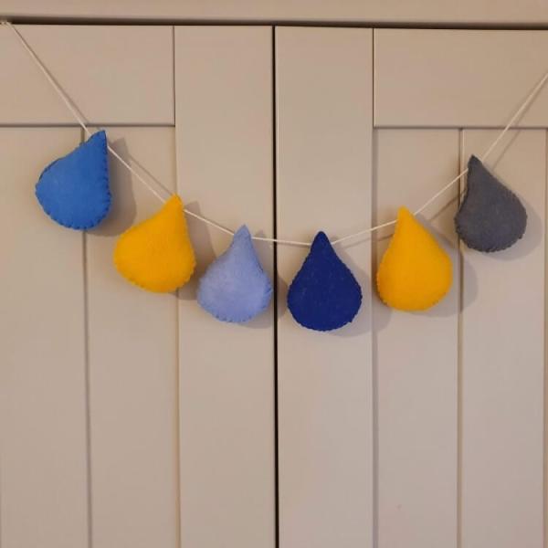 Felt raindrop nursery bunting garland for nursery decoration