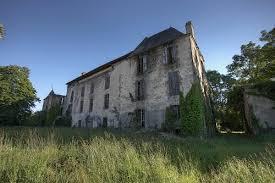 Chateau abandonne