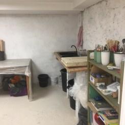 L'atelier, vue sur la pièce du four