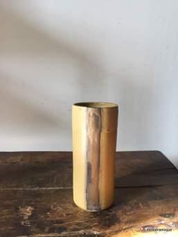 petit vase tube ligné