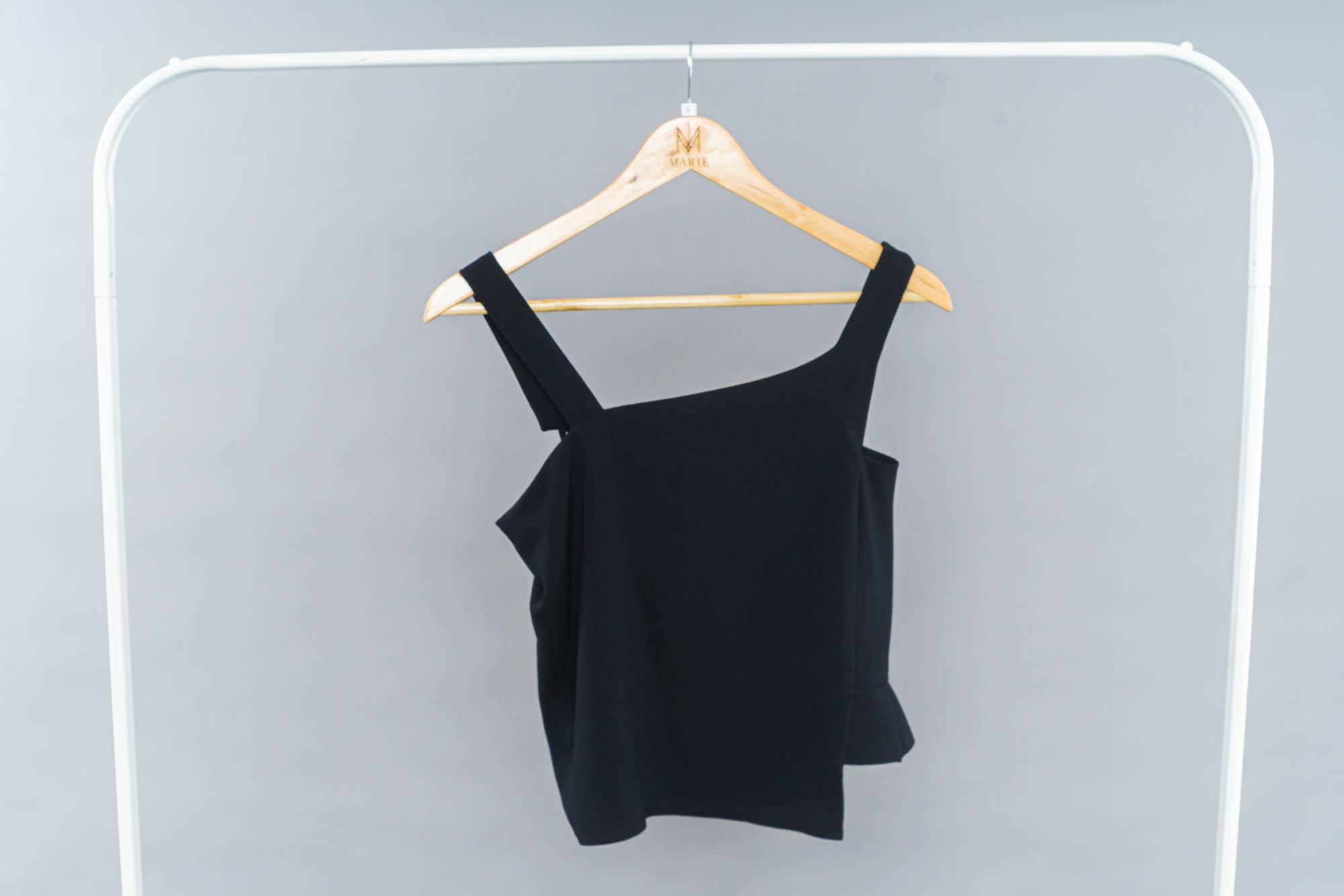 Veronica top in black