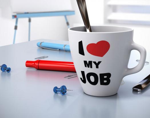 image of I heart my job mug on a work desk on mariedeveaux.com