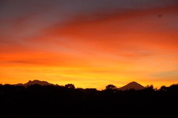 un amanecer lleno de color