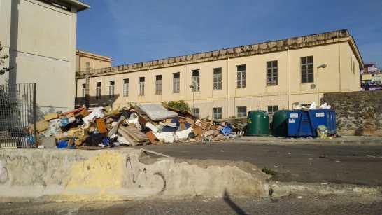 mercato-rifiuti-torre-del-greco-mariella-romano-cronaca-e-dintorni