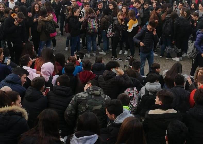 Liceo Nobel senza acqua: lezioni sospese