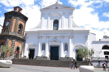 basilica-santa-croce-torre-del-greco-mariella-romano-cronaca-e-dintorni