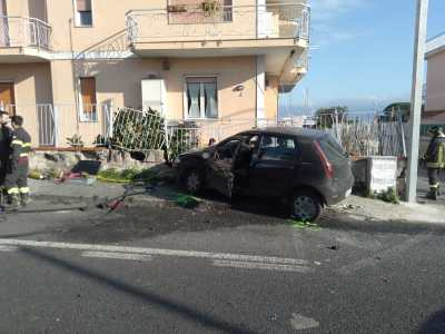 incidente-viale-europa-torre-del-greco-mariella-romano-cronaca-e-dintorni