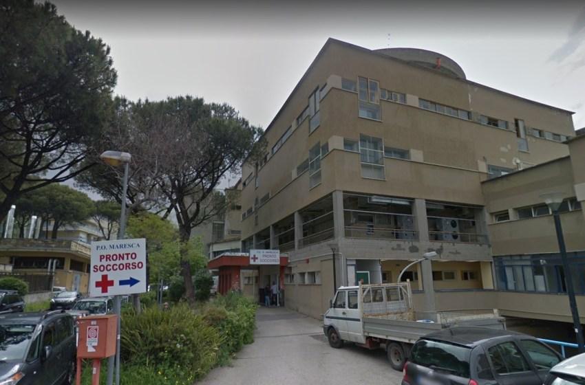 """Malati Covid nel reparto con pazienti operati: """"Al Maresca rischiamo il contagio"""""""