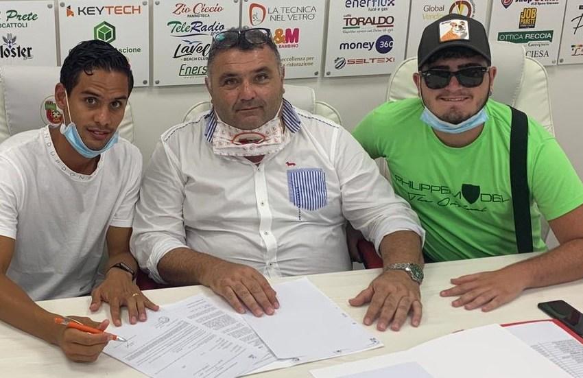 Franco Signorelli è della Turris: il centrocampista ha già firmato il contratto