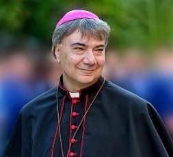 Don Mimmo Battaglia, prete di strada, è il nuovo arcivescovo di Napoli