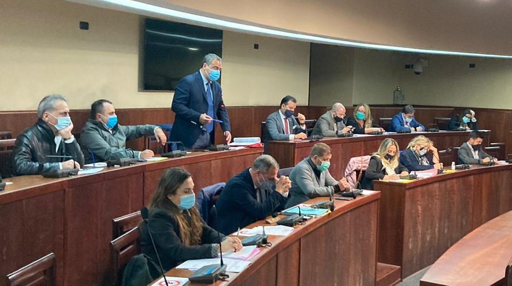 """Crisi a Palazzo Baronale, i dissidenti al sindaco: """"Non vogliamo perdere tempo"""""""