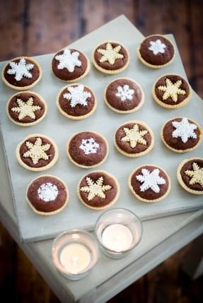 Chocolate snowflake tart