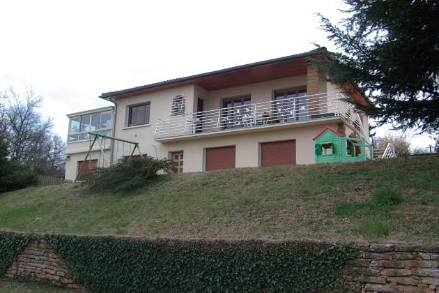 La maison vue du jardin Marie-Maguelone