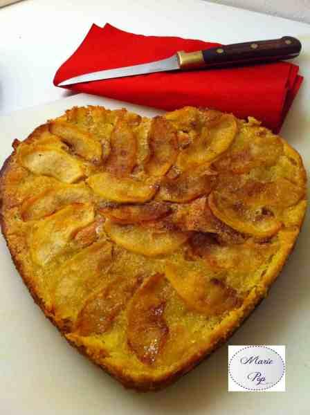 Gâteau croustillant aux pommes - la recette géniale !
