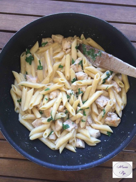 One pot pasta poulet sauce alfredo - la recette maxi miam !