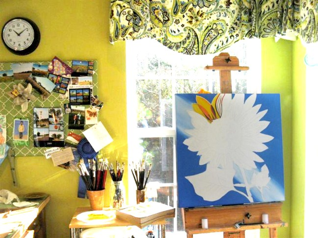 painting a sunflower on 11/16/09 (2 of 3)