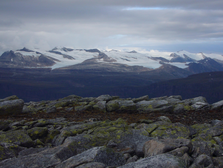 Flott utsikt fra toppen over til Svartisen