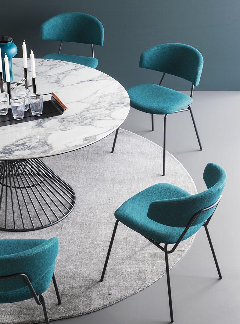 Round table Vortex by Calligaris  Mariette Clermont