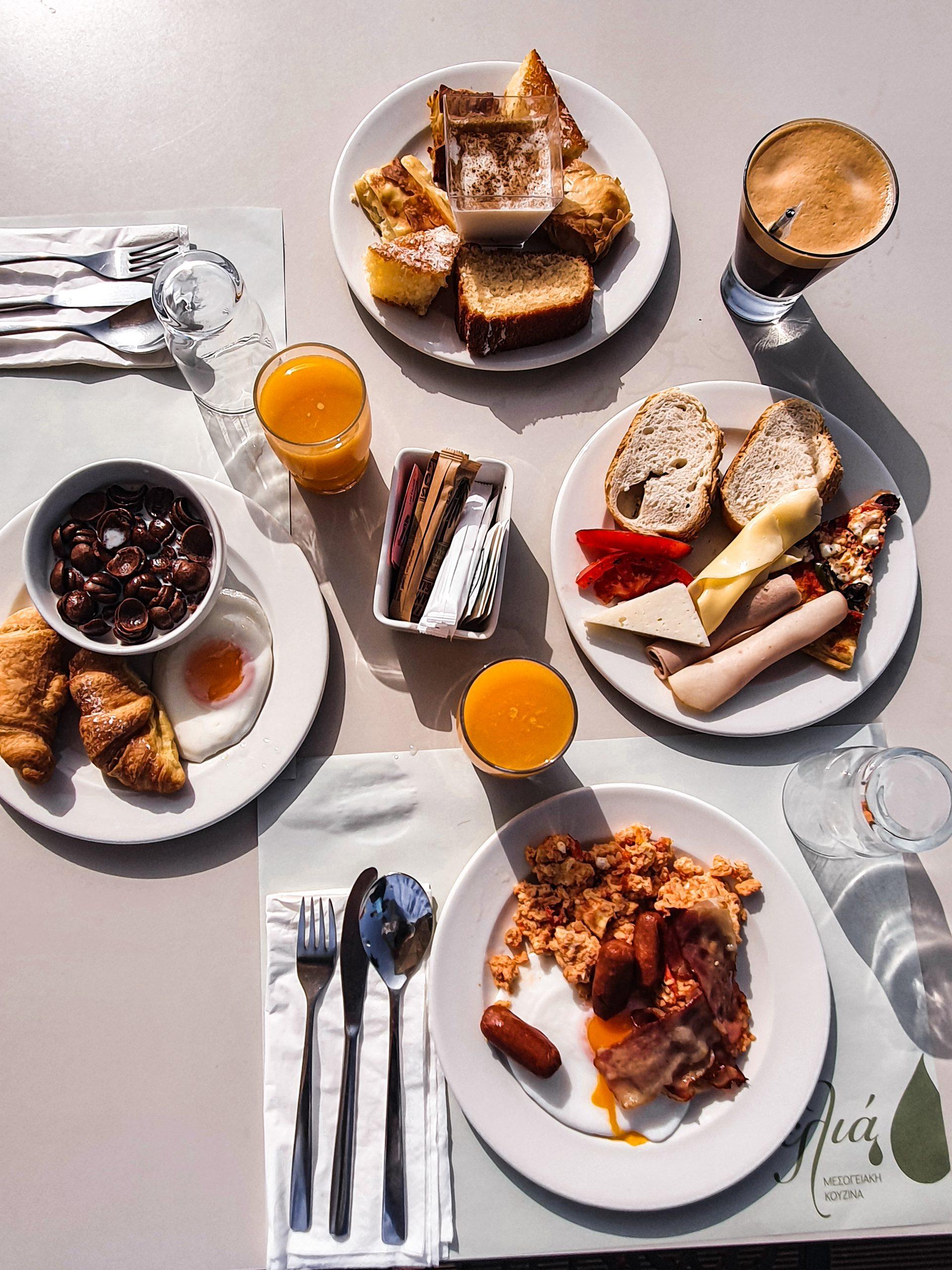 Alas Resort & Spa breakfast