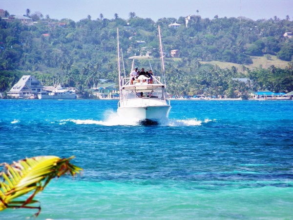Charter Diving Boat San Andres Island