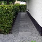 pad van tegels in split