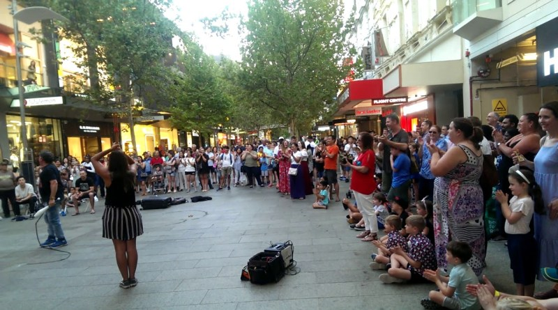 Street Magic Show in the Perth CBD