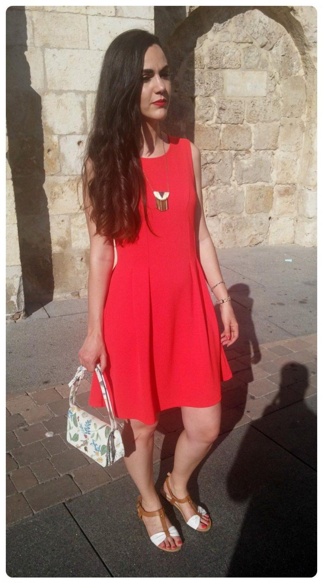 marikowskaya street style eneri vestido rojo (1)
