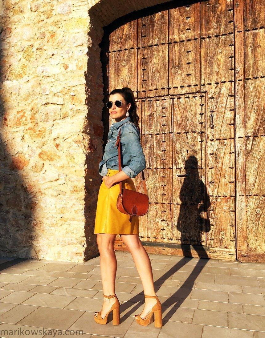 marikowskaya-street-style-falda-amarilla