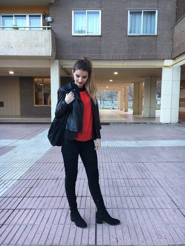 marikowskaya street style andrea negro y rojo (1)