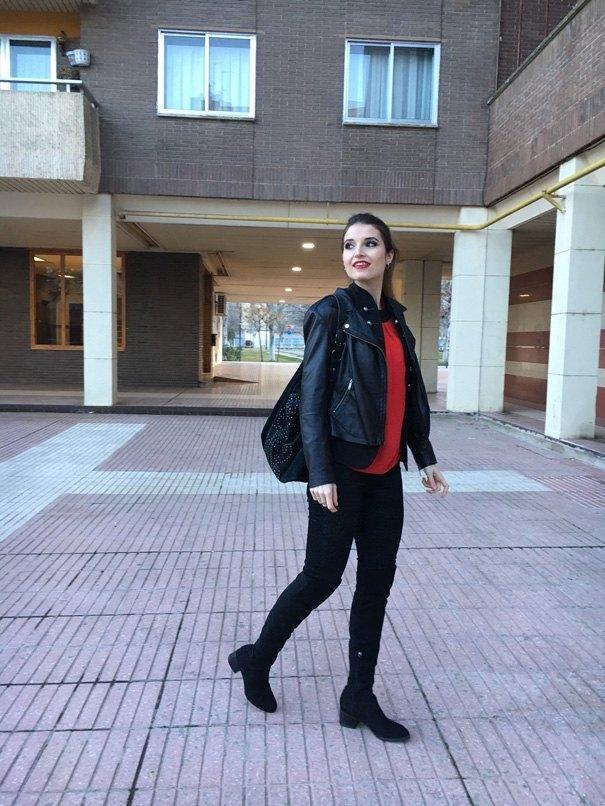 marikowskaya street style andrea negro y rojo (2)