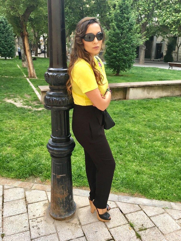 marikowskaya street style patry camiseta amarilla (5)