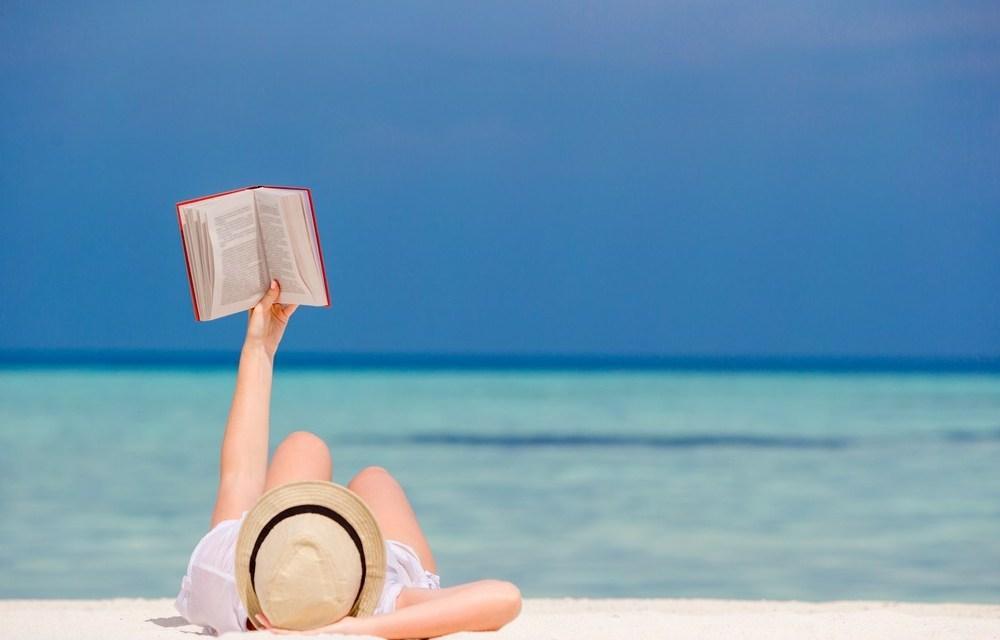 #MarikoLee: Lectura conjunta para este verano. 🌞📖