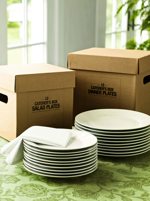 Classic white in these Caterer Boxes.