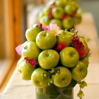 Arranjo de mesa de maças-verdes