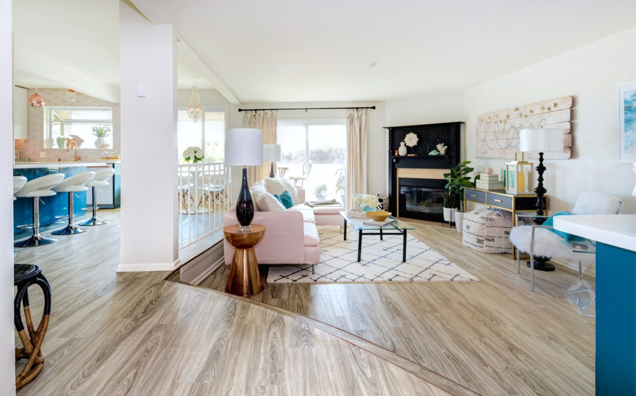 HGTV Beach Chic instant living room  Marilynn Taylor DIY