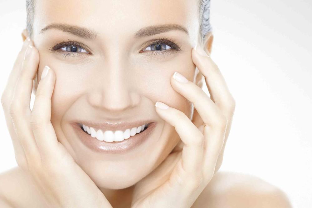 Правильный ежедневный уход за кожей лица: этапы и рекомендации