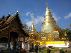 Checking out Chiang Mai Wats