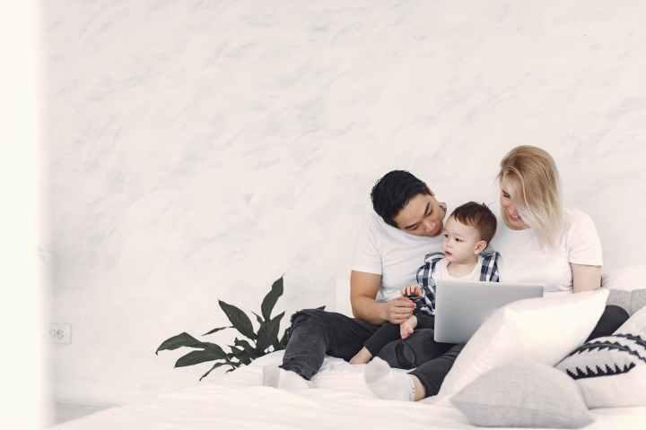Γονείς, προστατέψτε την ερωτική σας ζωή!