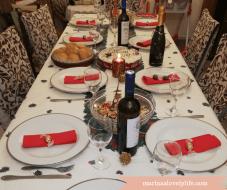 γιορτινό τραπέζι πρωτοχρονιάς