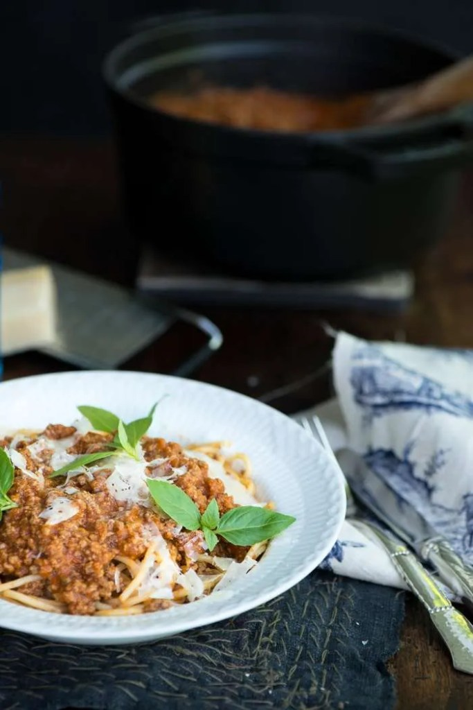 spaghetti og kødsovs. En opskrift fra Marinas Mad